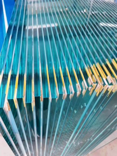 China 10mm tempered glass polished edge
