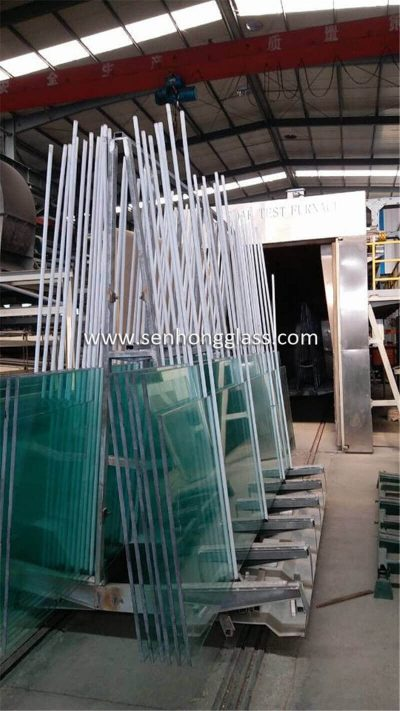 China manufacturer 19mm tempered glass heat soaked testing