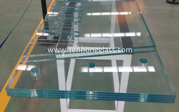 china Multi-layer SGP Tempered Laminated HST Glass 2