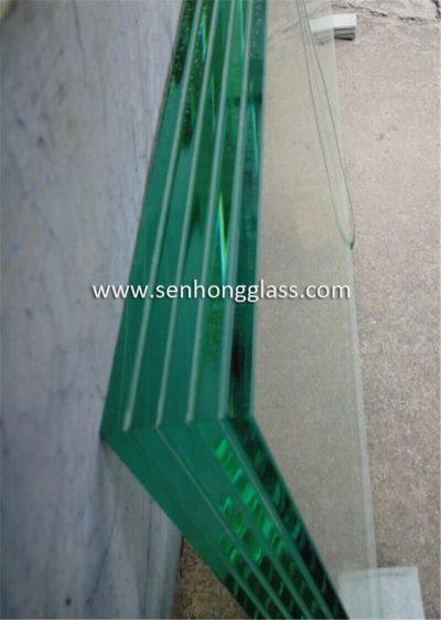 china Multi-layer SGP Laminated HST Glass