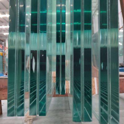 china jumbo tempered laminated glass polished edge