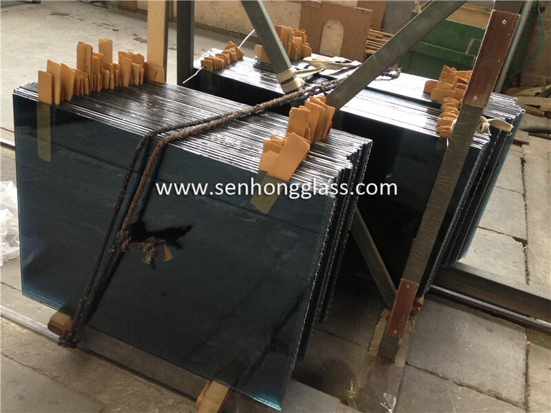 10.38 ocean blue laminated glass 7