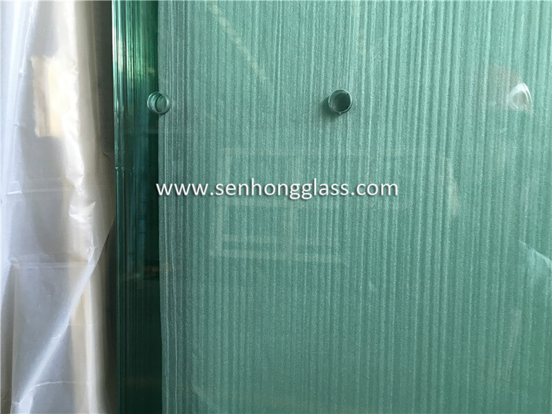8+1.52+8 tempered laminated glass with holes 2