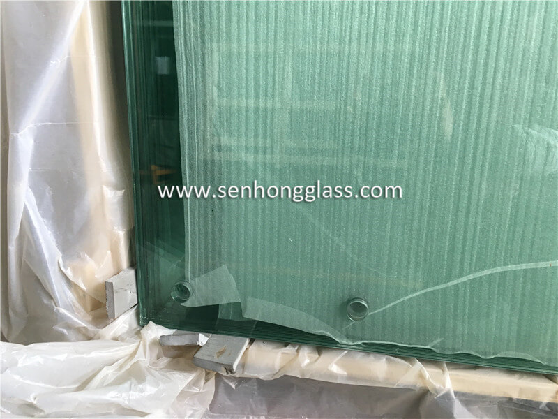 8+1.52+8 tempered laminated glass with holes 3