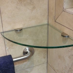 glass-corner-shelves-rounded-shower