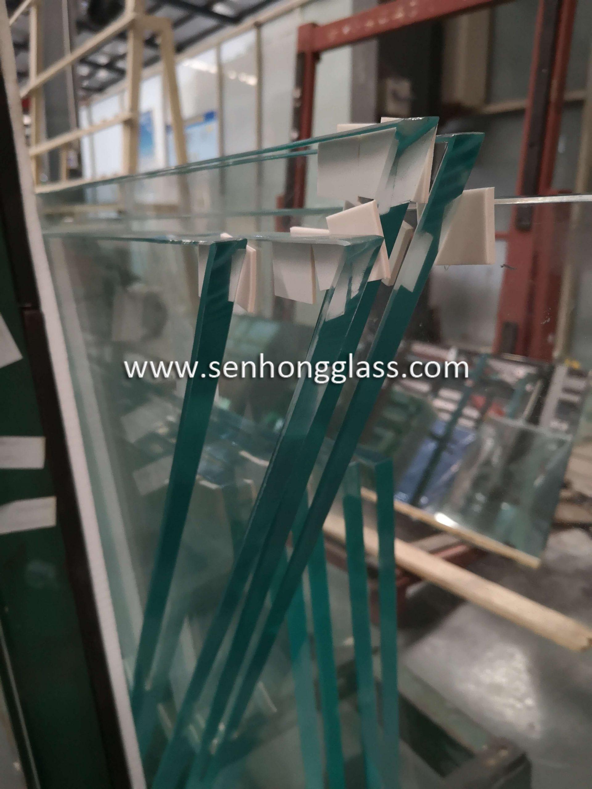 15mm-low-iron-extra-clear-tempered-glass-irregular-shape-China-Shandong-Senhong-Glass