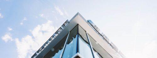 contact senhong glass China laminated tempered glass manufacturer